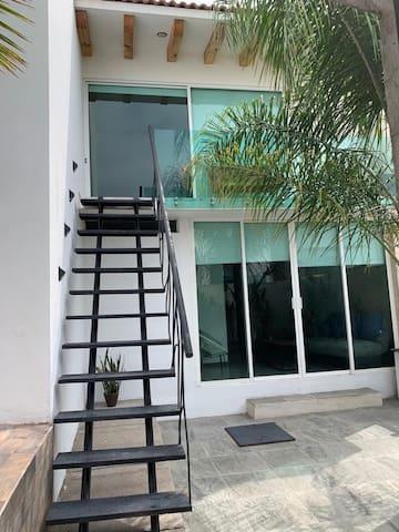 Estudio de dos pisos en Lomas de Angelópolis