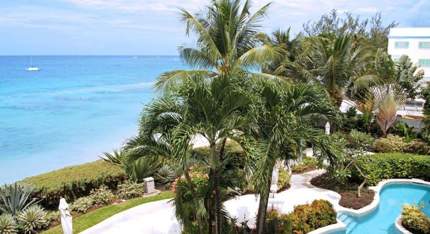 Villas on the Beach 303, Beachfront - 1 bedroom