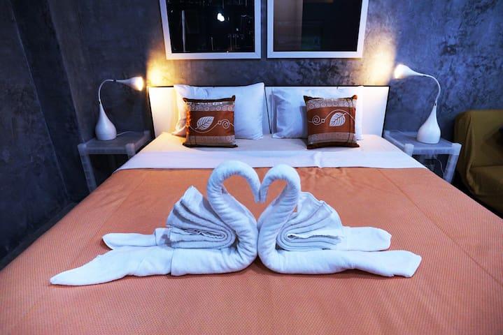 Phuket Paradiso, Superior Room - king bed