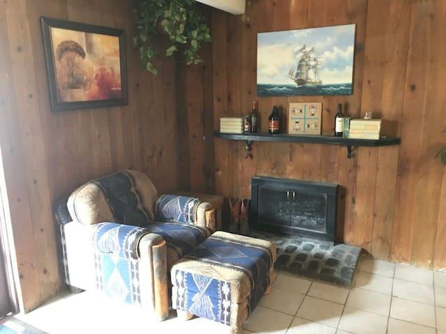 Colorado Travel Hub Micro hostel