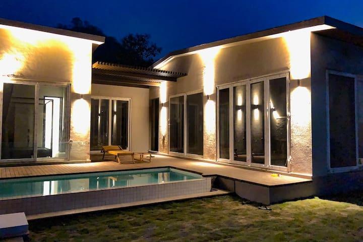 Miraya Villa 1Khandala Valley