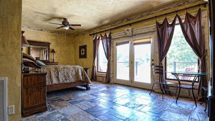 Blanco Riverside Getaway - Villa Two