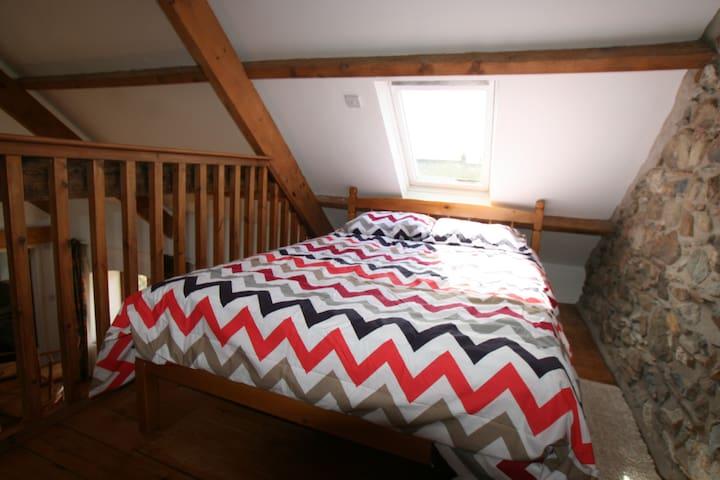 slaapruimte 1 dubbel bed
