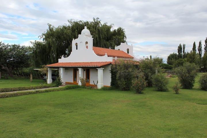 Finca El Retiro Vineyard Home - Cafayate - Ev