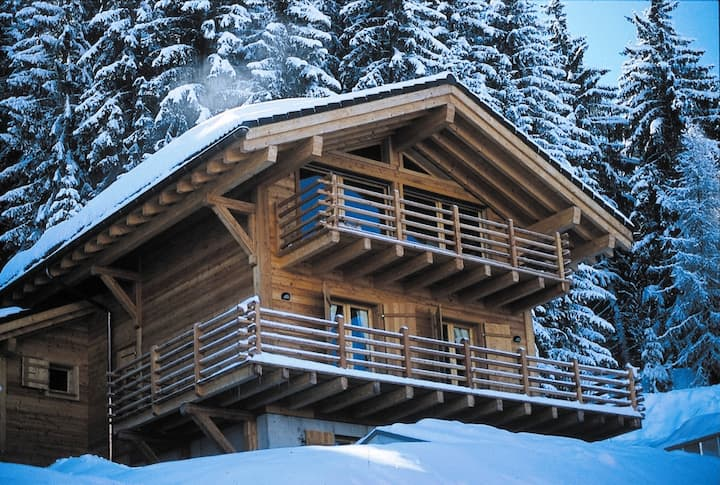Fully Catered Fresh New Chalet