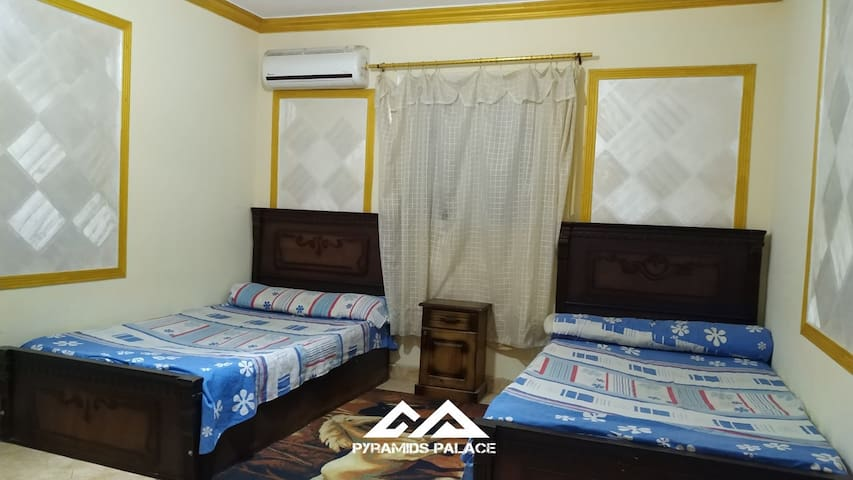 Sleeping room number 2 very good with pyramids view