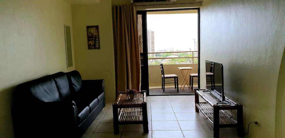 Nice condo with balcony in the heart of Cebu City.