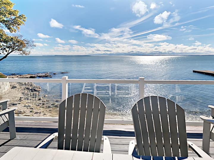 New 4 Bedroom 2 Bath Waterfront Condo - Sleeps up to 10 max C111 - Put-in-Bay Waterfront Condo #111