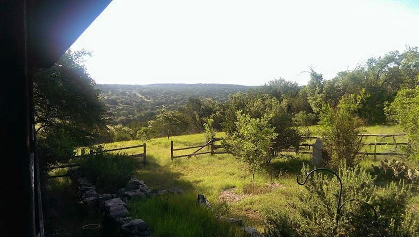Sycamore Creek Retreat #A - Dripping Springs