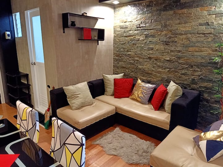 Budget Friendly 1BR Condo w/ Fiber Internet + WiFi