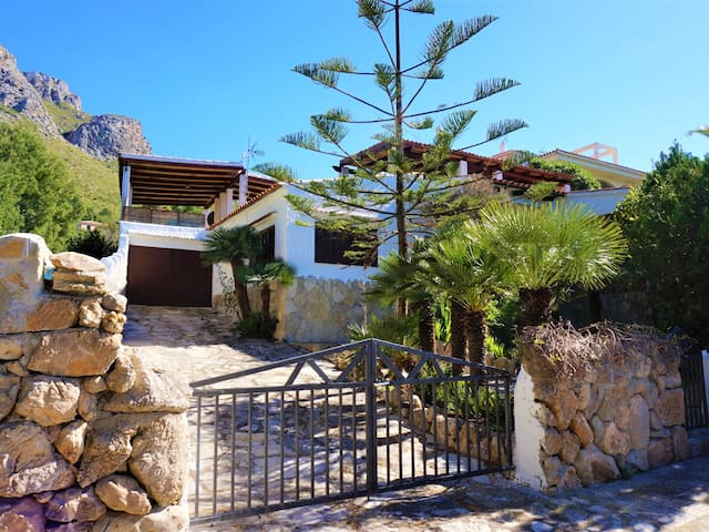 Finca La Siesta - Vila with pool in Betlem, FREE WIFI