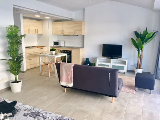 Brand new, stylish studio in the heart of Marbella