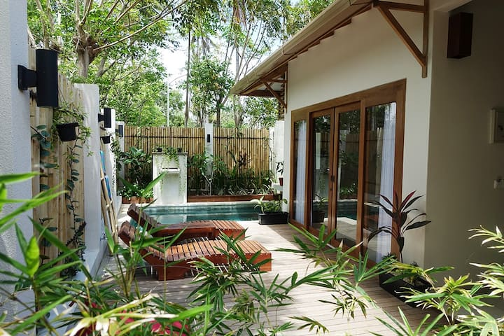 2Bed FAMILY Villa With Private Pool Gili Air
