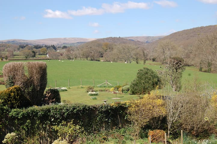 Beautiful house with stunning views - Buckfast - Huis