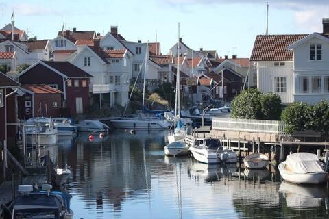 Cozy little cottage in Grundsund