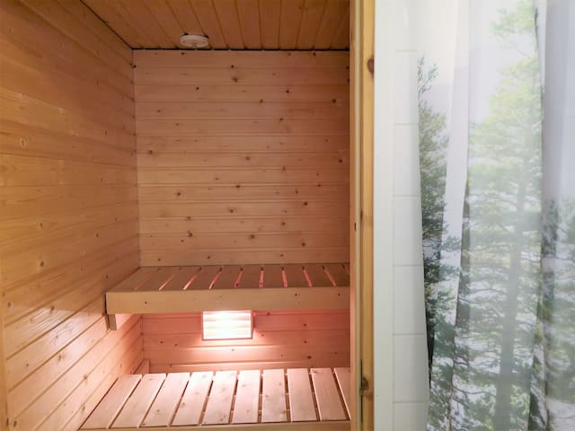 Home with a Sauna 5km from center, Ruopionkatu 6