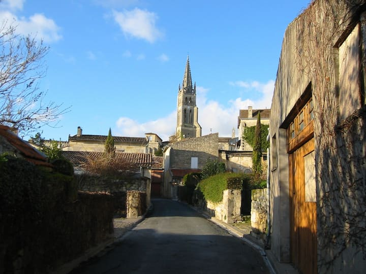 LA MANSARDE  APPARTMENT ST EMILION