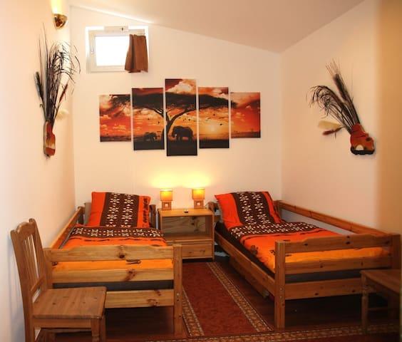 Haus Toskana - Kurzzeitvermietung + Ferienwohnung