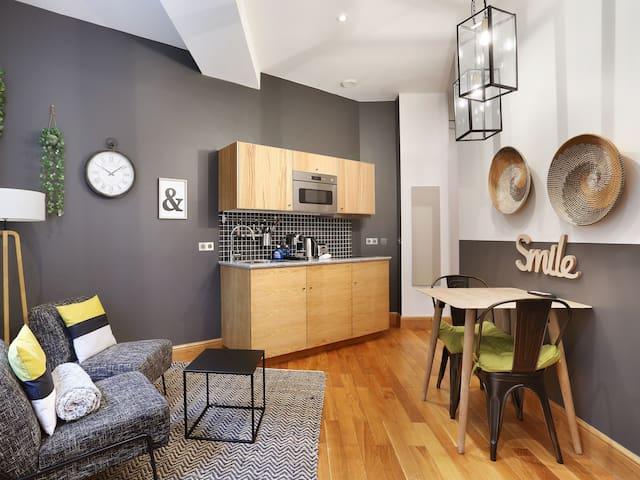 Apartment with garden near Roland Garros B6