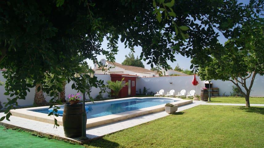 Villa privada con piscina