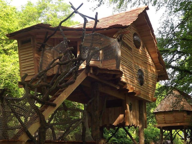 Cabane perchée A l'Orée - Haulmé - Cabin