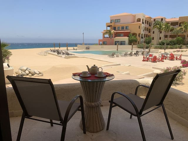 TERRASOL RESORT ELITE BEACHFRONT 2Bd/2Ba POOLSIDE