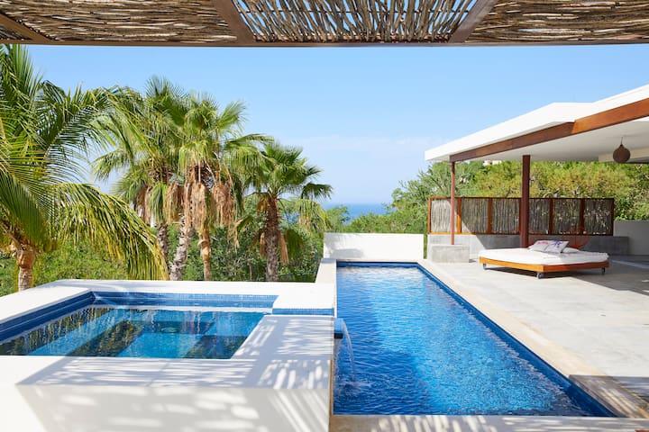 modern desert beach house - Casa Martinez