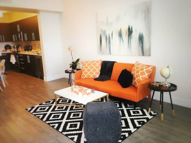 Kasa | Redwood | Premium 2BD/2BA Apartment