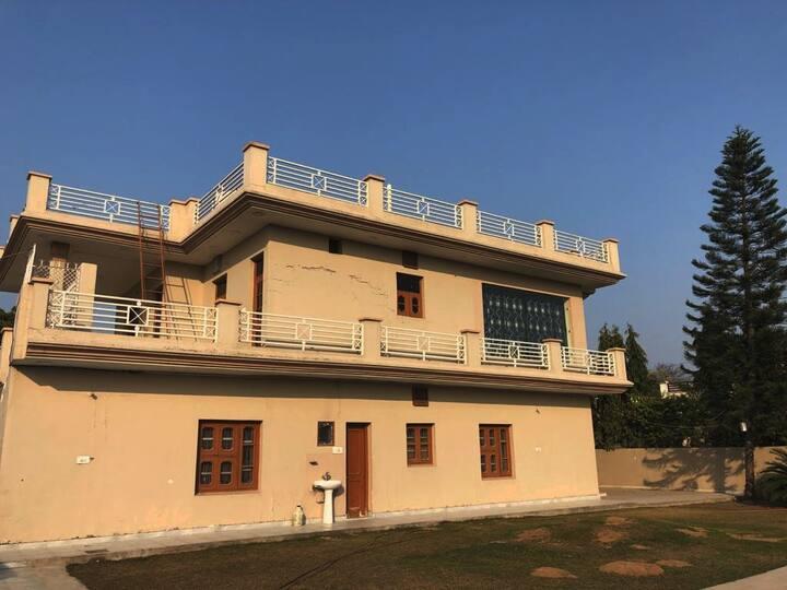 Sunny Villa Greens