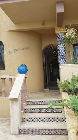 Jolie villa en front de mer Tamaris - dar bouazza - Villa