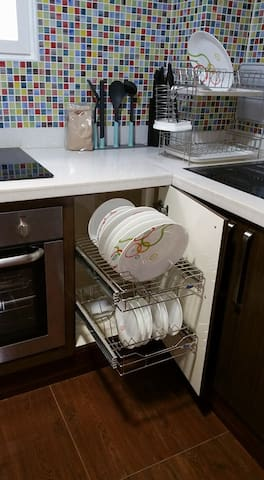 Pull out kitchen racks