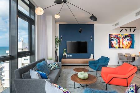 Beachfront next RoyalBeach Hotel - Full option