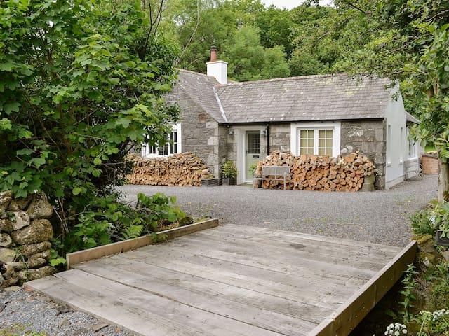Barclye Cottage (UK5489)