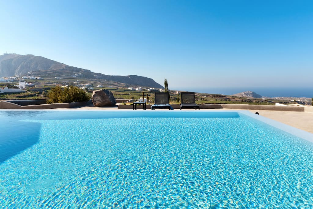 Private Pool and Landscape View