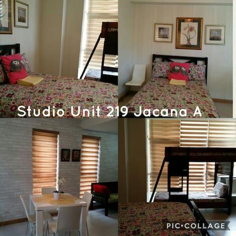 Spacious studio unit at pico de loro hamilo coast