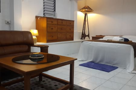 Studio in leafy Suva city suburb - Suva - Pis