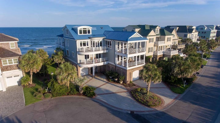Private Beach in a Gated Community. Unparalleled Oceanfront Luxury, Boat Dock on Creek, Hot Tub, SLEEPS 28! Boat House