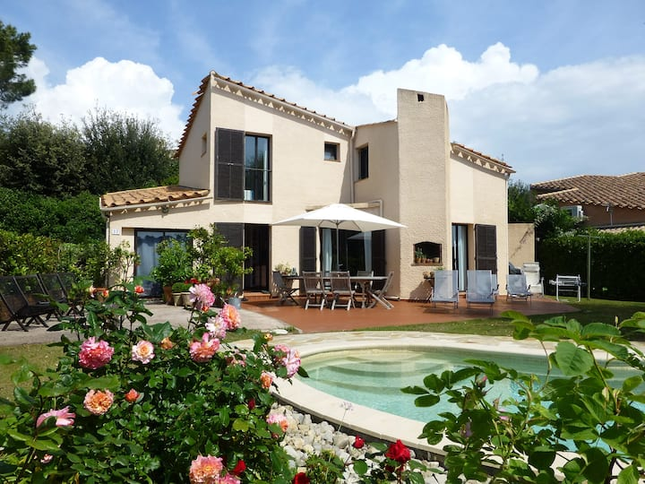 Charming peaceful villa in Valbonne