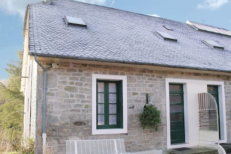 Holiday apartment with 2 bedrooms on 42m² in Gimel-les-Cascades