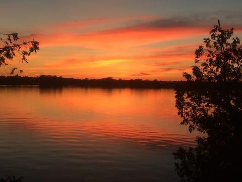 #21 Isle View - Fishing, Sunsets, Beaches, Golfing