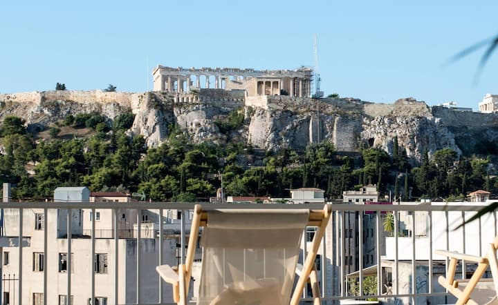 Stunning Acropolis View, Loft Apt, Central Athens