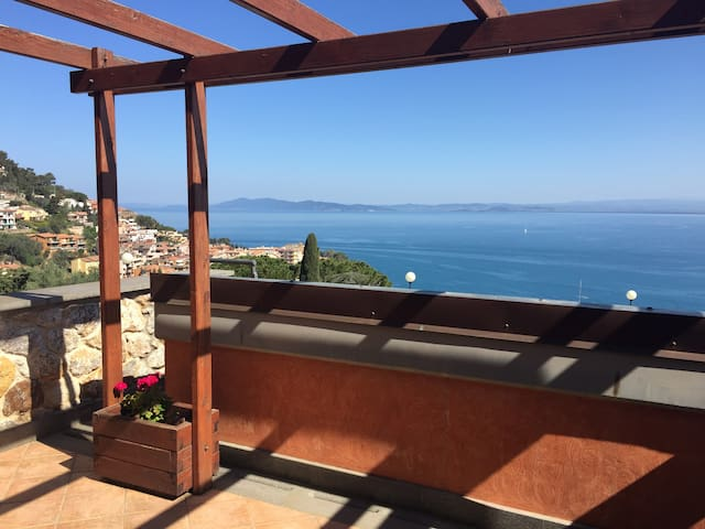 Camera con vista mare in villa indipendente - Porto Santo Stefano - Apartment