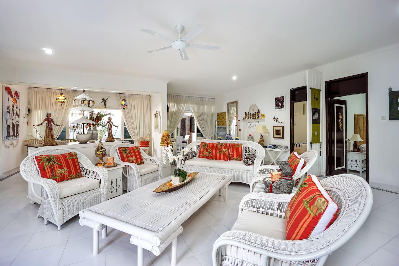 Shangrila Sanur Beachside Location - Villas for Rent in Denpasar ...