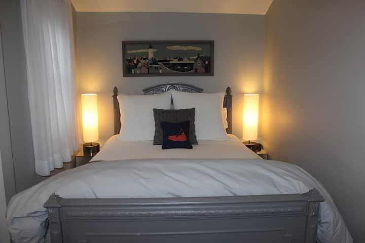 Nantucket Whale Inn - Miacomet Room