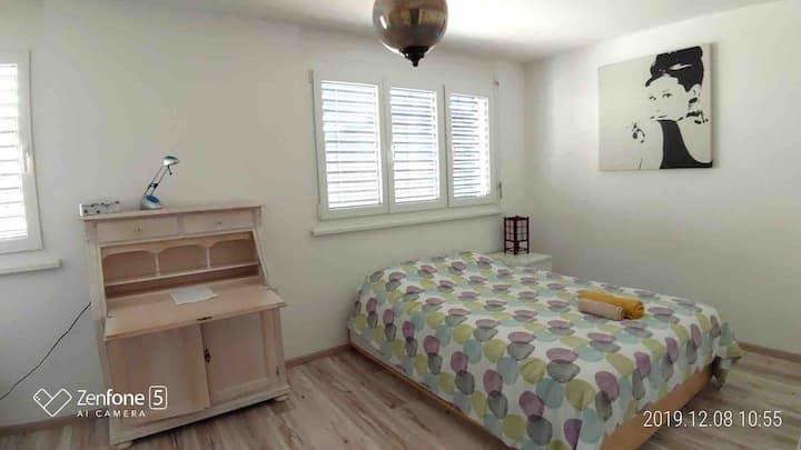 Single room in triplex