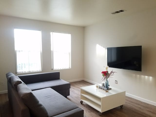3 Private Rooms in Boyle Heights