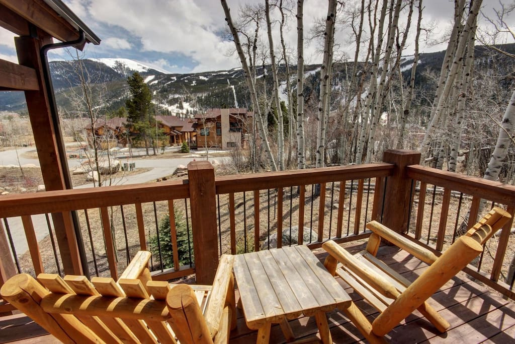 Enjoy Keystone Mountain views from private deck