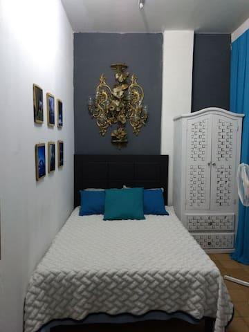 """Habitación """"Scarleth"""" centro histórico Guadalajara"""