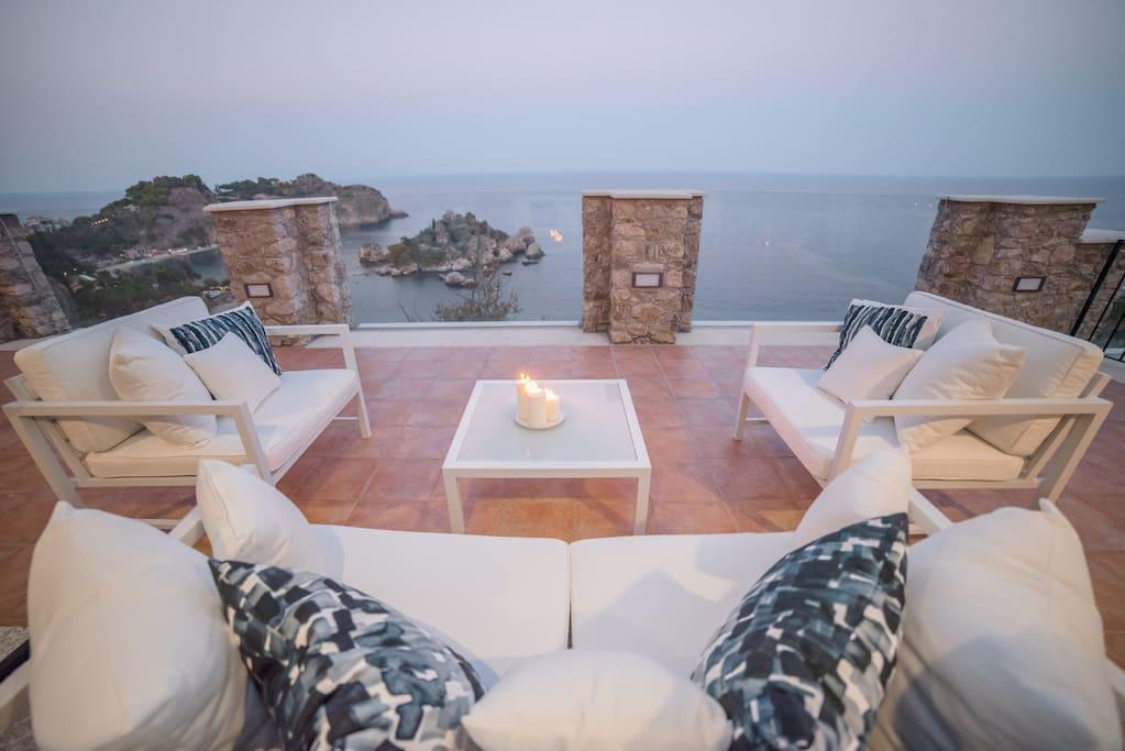 SPARVIERO APARTMENT ISOLA BELLA Sea View + Jacuzzi