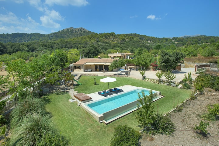 Enjoy and Sunbathe by the Pool at Exclusive Designed Villa La Rafal